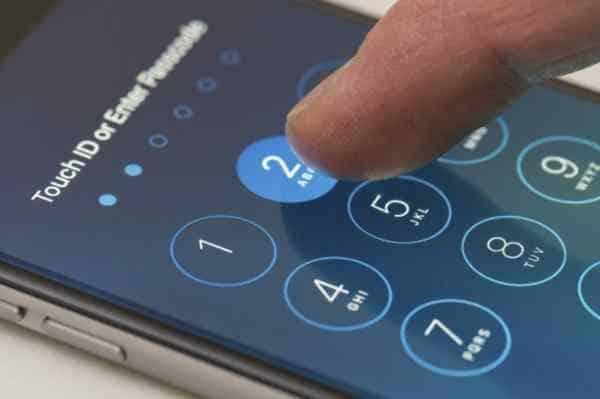 Các hacker có thể đoán mã PIN của bạn