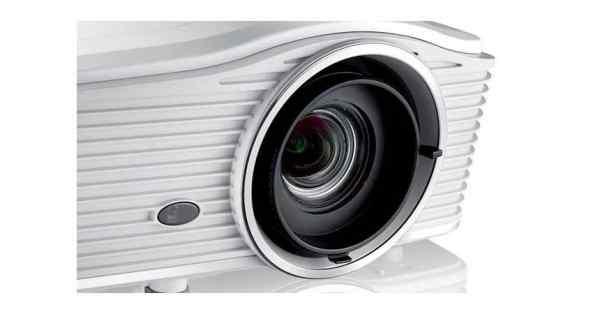Đôi máy chiếu WU615T và EH615T của Optoma chuyên dành cho các ứng dụng thương mại - 1
