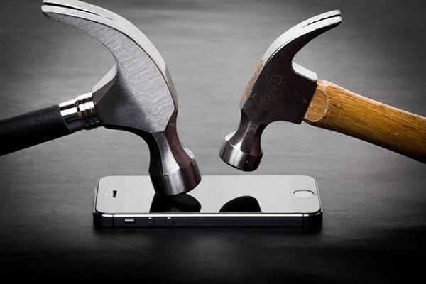 màn hình điện thoại được trang bị mặt kính kim cương