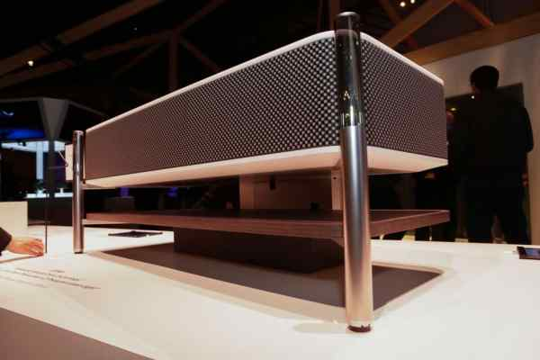 máy chiếu Sony LSPX A1 - 2